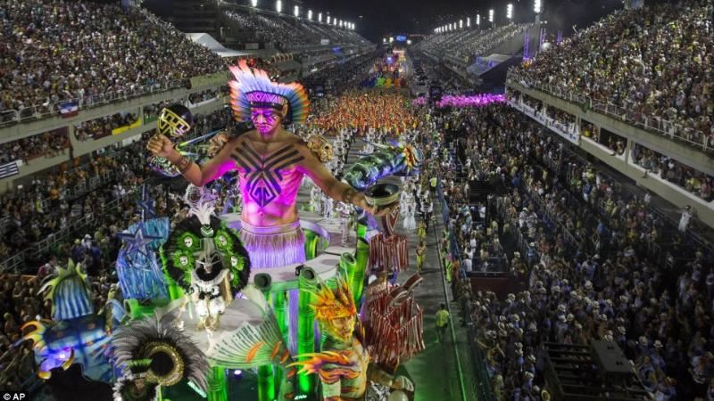 Карнавал кезінде атыс болды