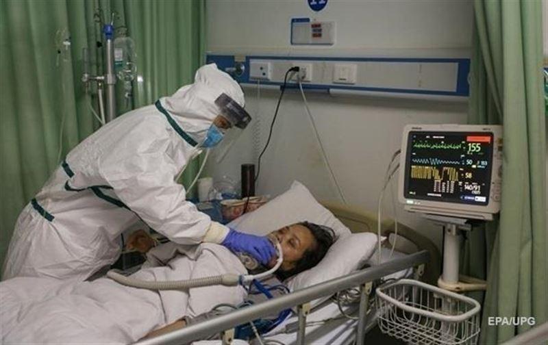 Число жертв коронавируса в Китае возросло до 2118