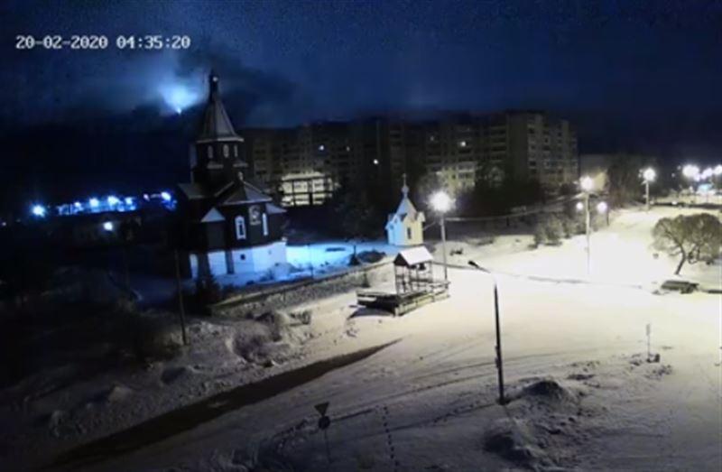 Жители Карелии наблюдали падение метеорита