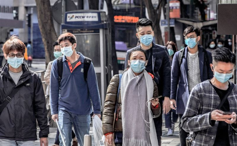Число погибших от коронавируса достигло 2442 человек