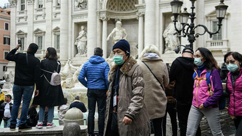 Цены на медицинские маски в Италии подскочили на 1700%