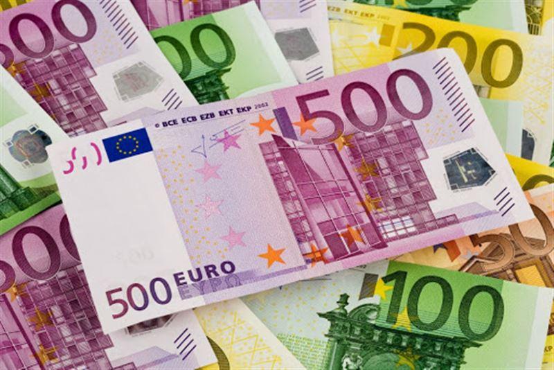 100 тысяч фальшивых евро едва не распространили по Казахстану