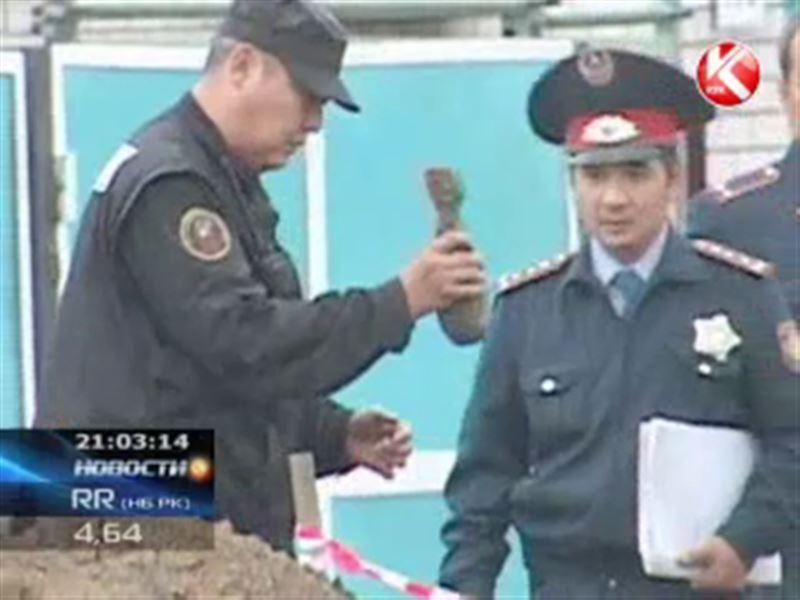 Житель Актобе обнаружил рядом со своим домом военный снаряд.