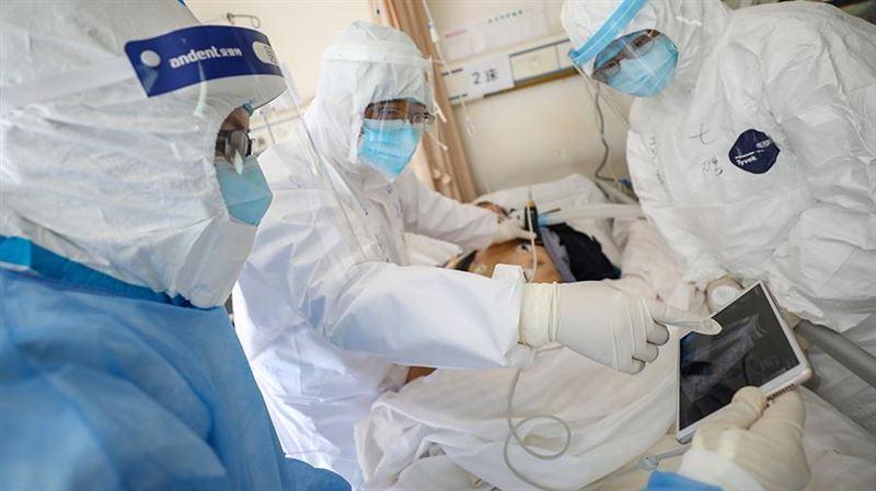 Қытайлық дәрігерлер коронавирустан көз жұмған науқастың мәйітін зерттеді