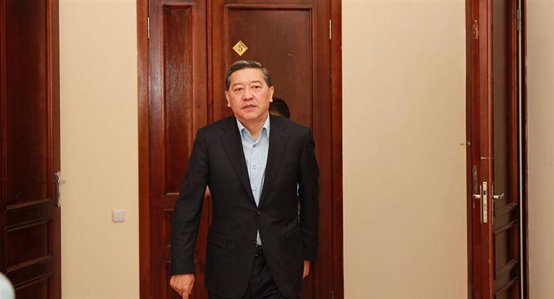 Бывшему премьер-министру Казахстана Ахметову сократят срок