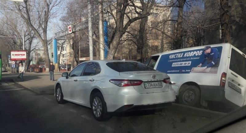 Женщине оторвало ногу из-за пьяного водителя в Алматы