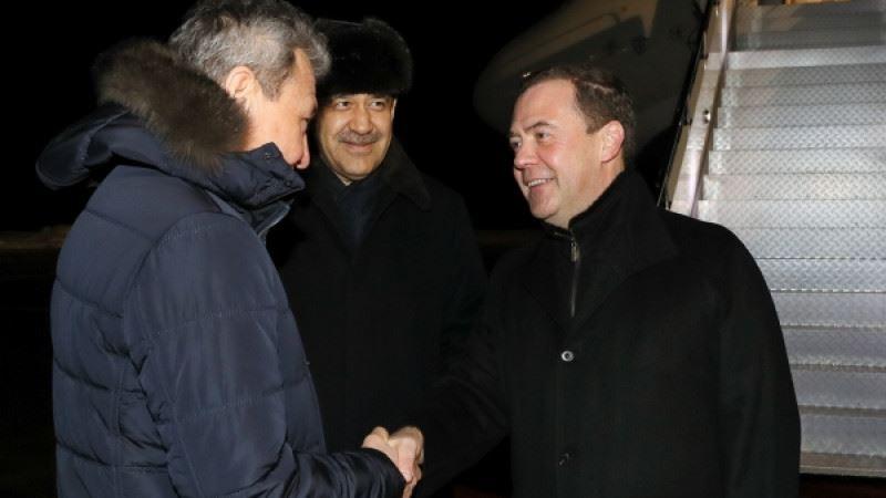 Дмитрий Медведев прибыл в Казахстан для встречи с Назарбаевым и Токаевым