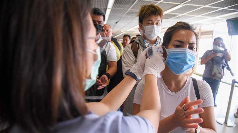 Эксперт назвал сроки окончания распространения коронавируса в мире
