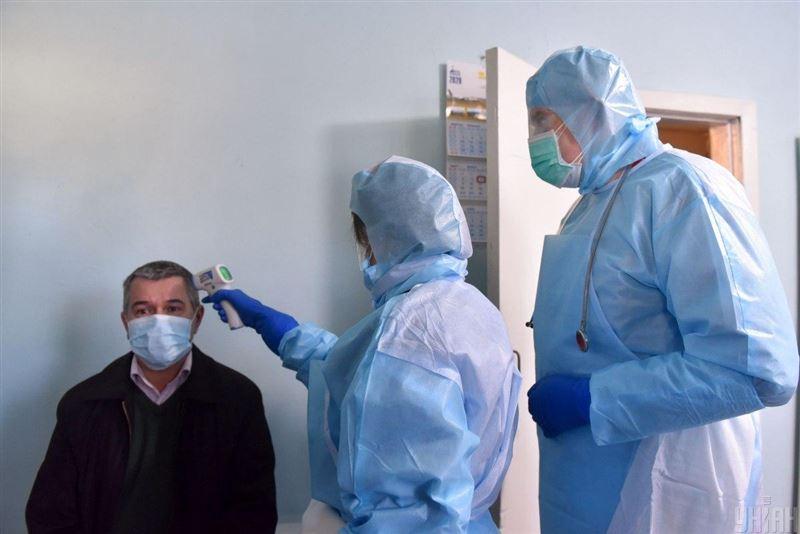Ғалымдар коронавирустың белгілері неше күнде байқалатынын анықтады
