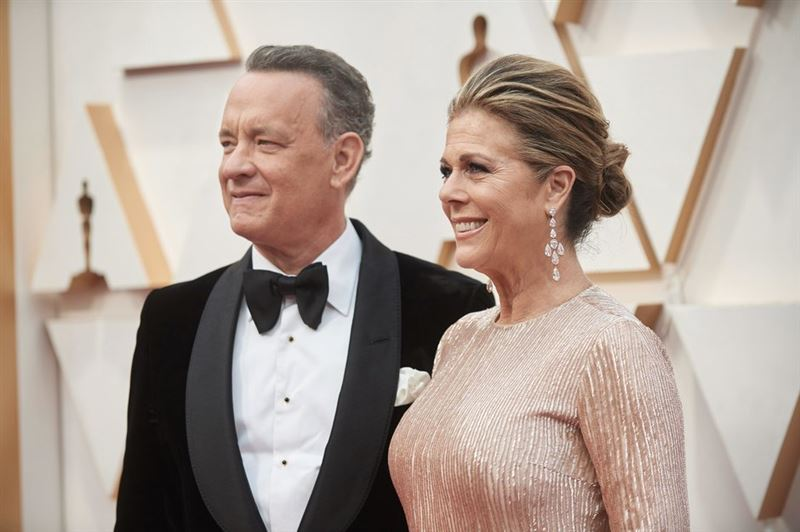 Том Хэнкс сообщил, что он и его жена заразились коронавирусом