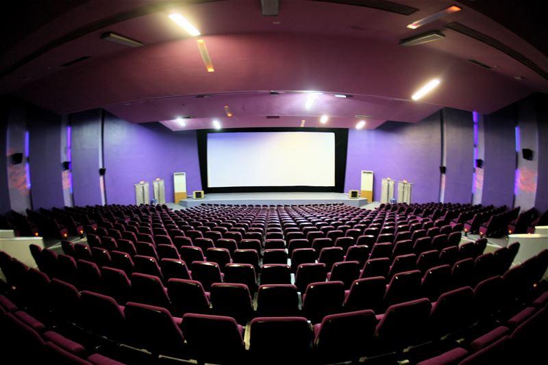 В Казахстане из-за угрозы распространения коронавируса не будут работать кинотеатры