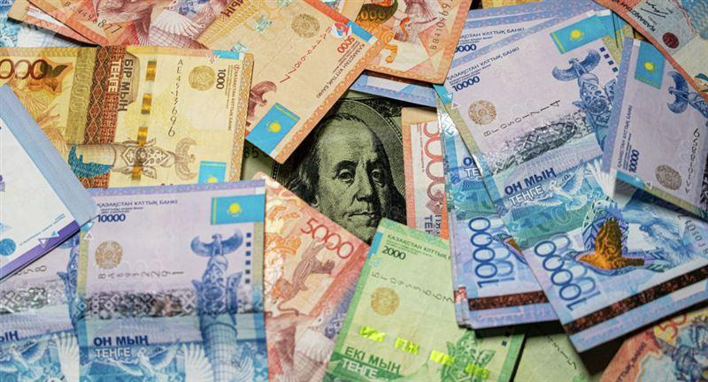 Средневзвешенный курс доллара составил 399,73 тенге
