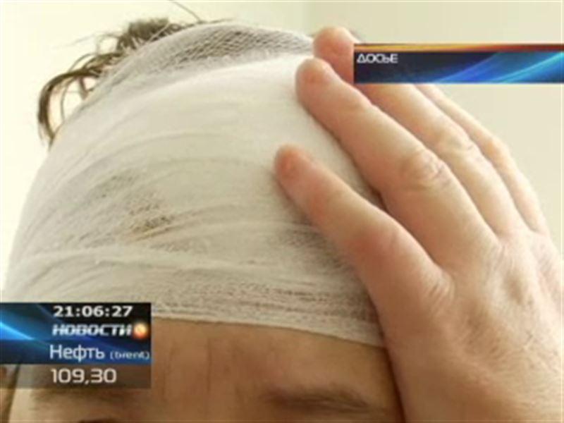 Семейские чиновники договорились с пенсионеркой, которая получила кирпичом по голове