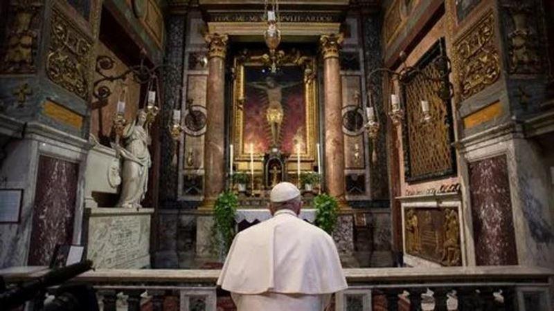 Ватикан отпустил грехи страдающим от болезни СOVID-19