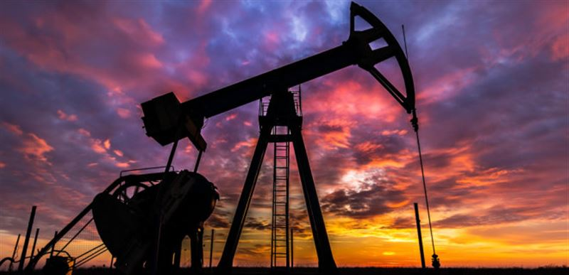 Мировые цены на нефть стали ниже на 8%
