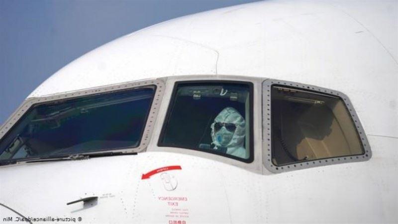 Пилот испугался пассажира с коронавирусом и выпрыгнул из кабины