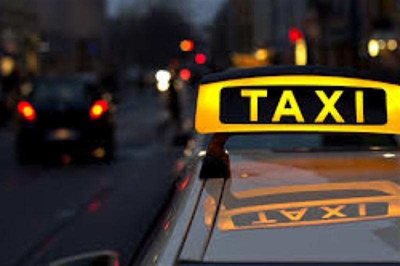 В Нур-Султане на 15 суток арестовали таксиста, обещавшего вывезти горожан из столицы