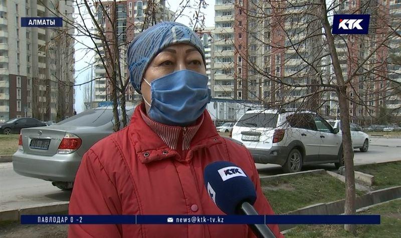 «Как его пропустили в аэропорту?» – жители карантинного дома об инфицированном в Алматы