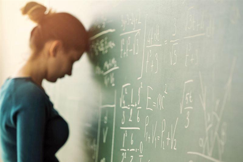 Директора некоторых школ заставляли учителей выходить на работу