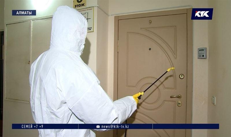 Не пустить коронавирус в дома пытаются дезинфекторы Алматы