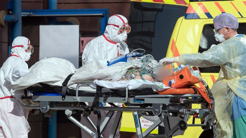 Италия продолжает бить антирекорды по количеству смертей от COVID-19