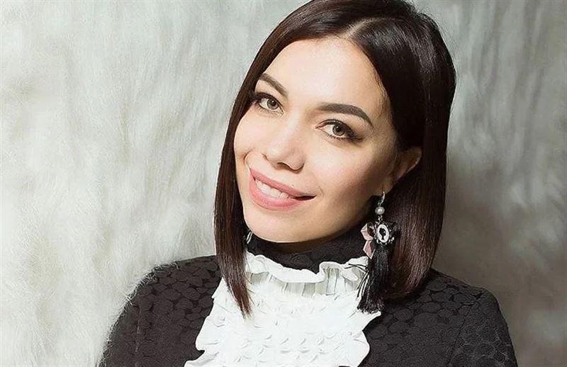 Казахстанская певица написала песню о коронавирусе и призвала людей сидеть дома