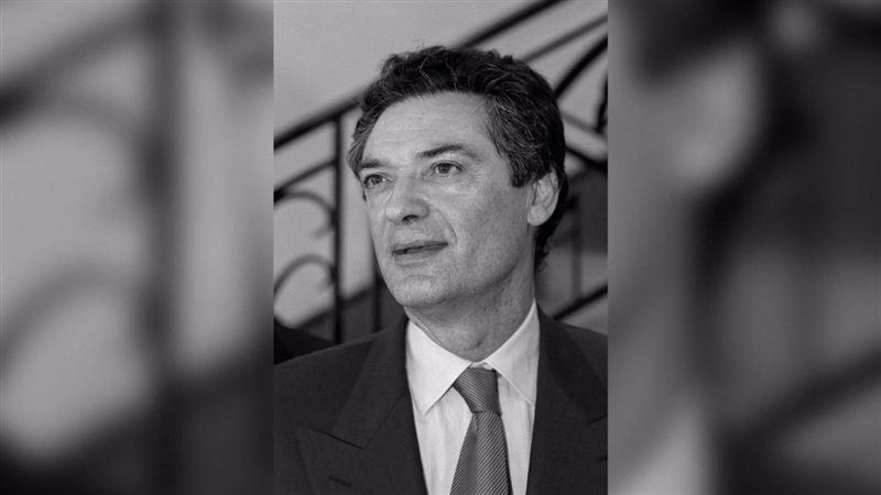Бывший министр скончался от коронавируса во Франции