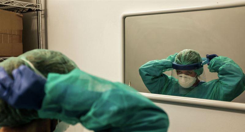 Сколько будут получать казахстанские медики, задействованные в борьбе с коронавирусом