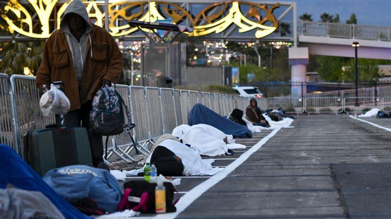 Парковку выделили бездомным из-за закрытия приюта в Лас-Вегасе