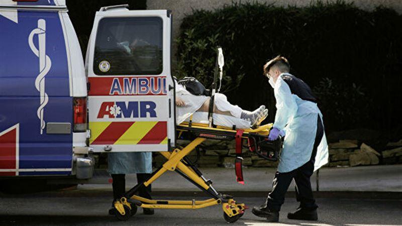 Число жертв COVID-19 в США превысило 700 человек за сутки