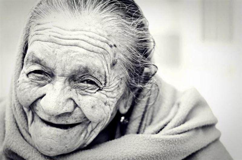 101-летняя женщина выздоровела от коронавируса в Нидерландах