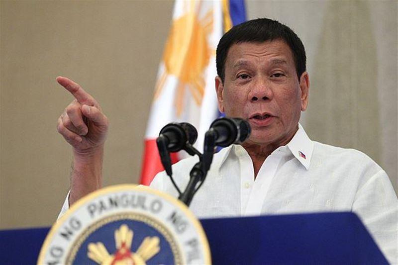Глава Филиппин разрешил стрелять по нарушителям карантина