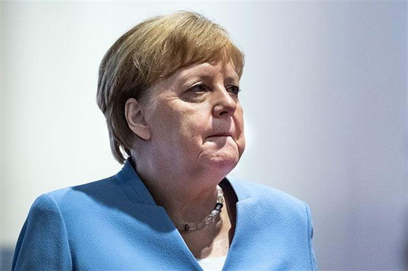 Канцлер Германии вышла с 14-дневного карантина