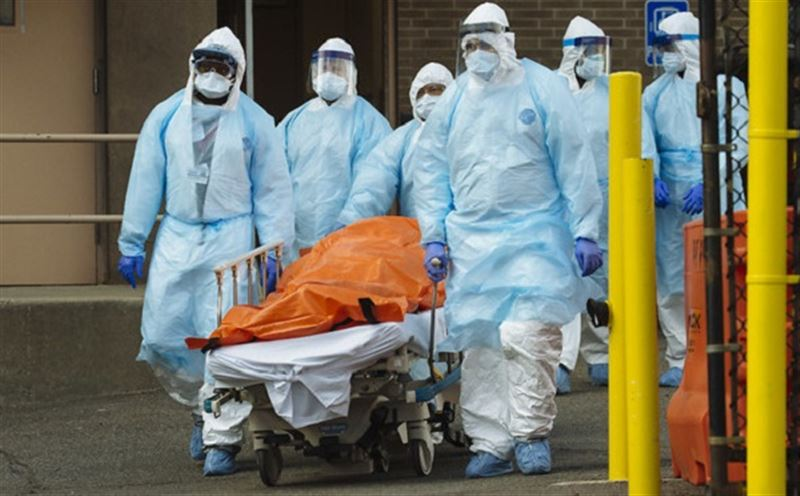 Число жертв коронавируса в США превысило 7000