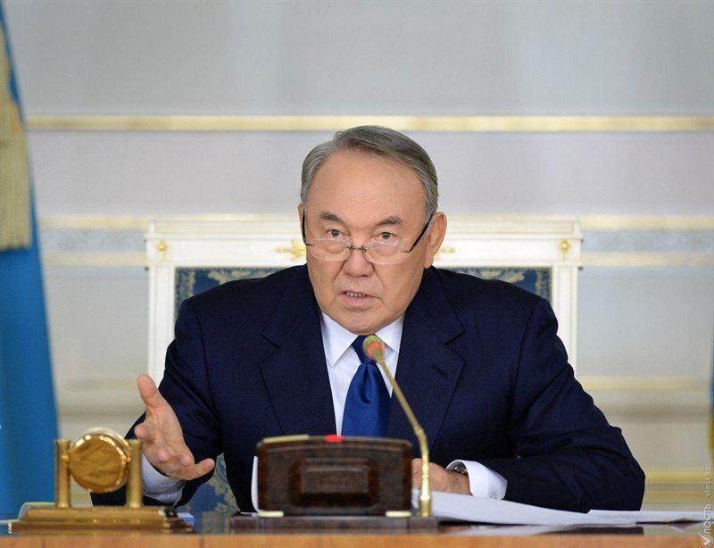 Подробности телефонных переговоров Елбасы с руководителями регионов сообщил пресс-секретарь Назарбаева