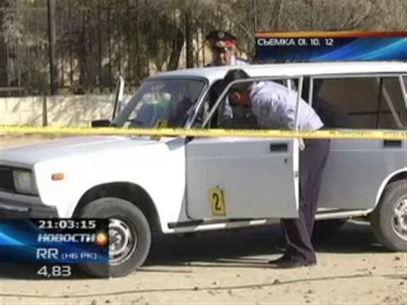 В Актау продолжаются поиски бандитов, которые в упор расстреляли машину в центре города