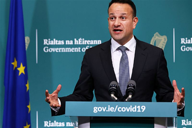 Премьер Ирландии готов вернуться к работе врачом ради борьбы с КВИ
