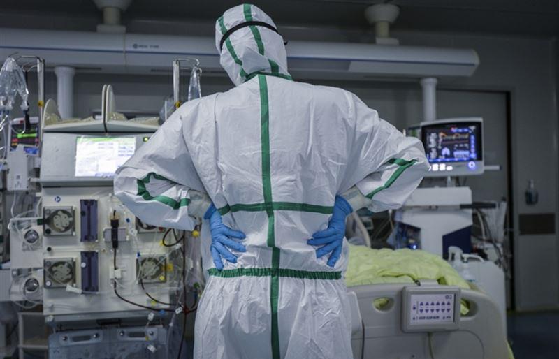 В Казахстане 20 пациентов с КВИ находятся в тяжелом состоянии