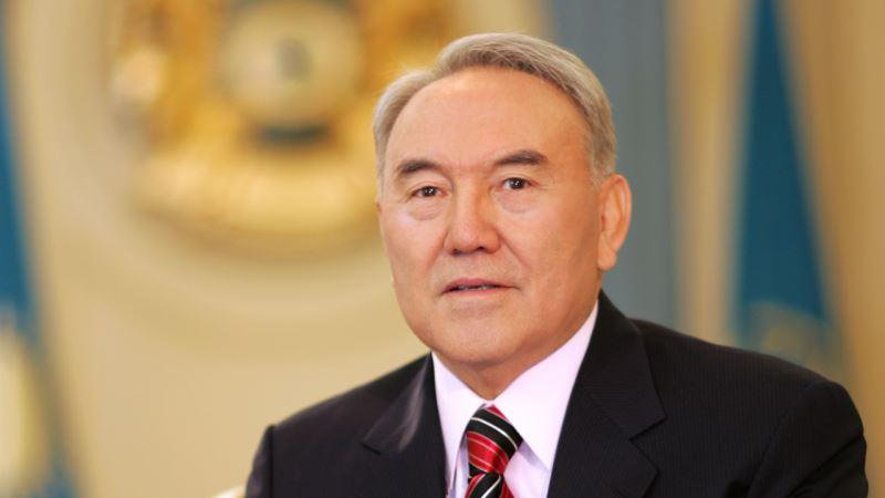 Назарбаев отызға толатын жастарға үндеу жолдады
