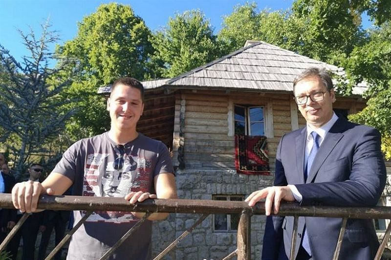 Сербия президентінің баласы коронавирус жұқтырды