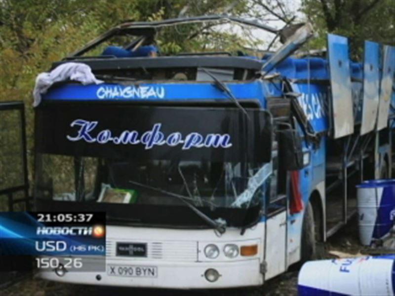 В Жамбылской области перевернулся пассажирский автобус