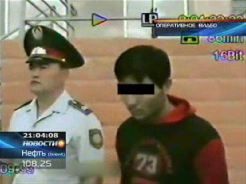 Педофил насиловал 11-летнюю падчерицу и племянницу 13 лет