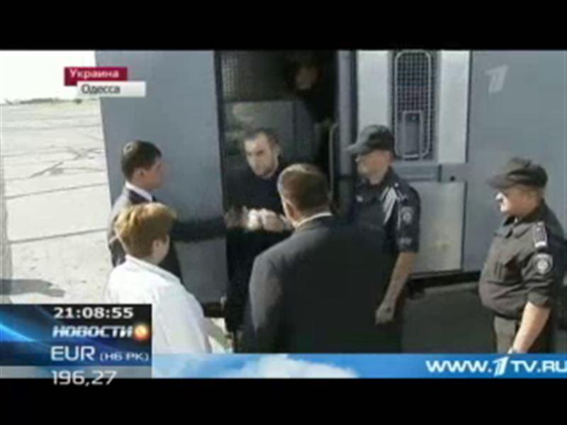Суд Москвы продлил арест казахстанца, обвиняемого в покушении на Путина