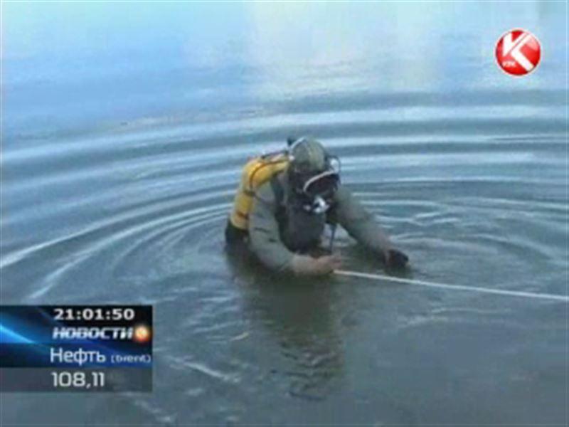 На озере Балхаш ищут пропавших рыбаков