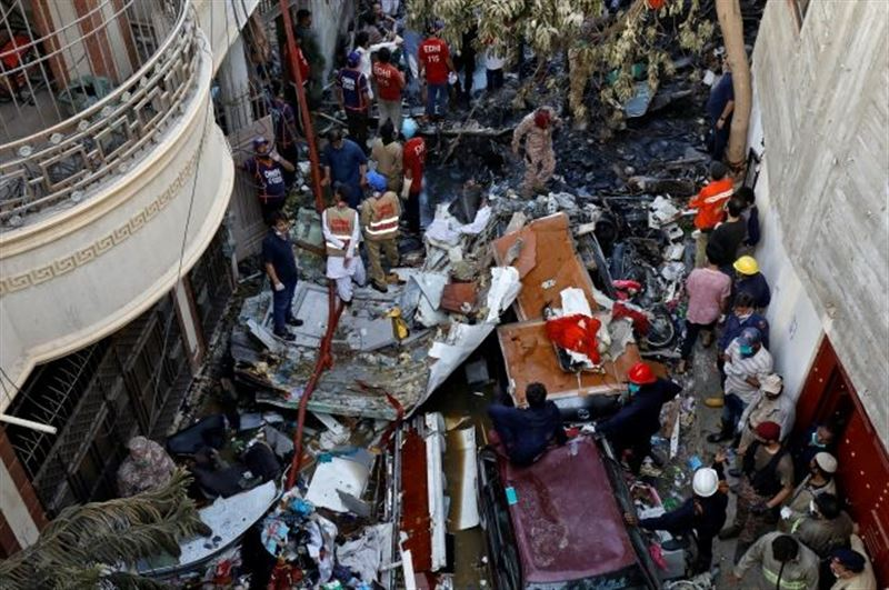 Число погибших в крушении A320 в Пакистане возросло до 97