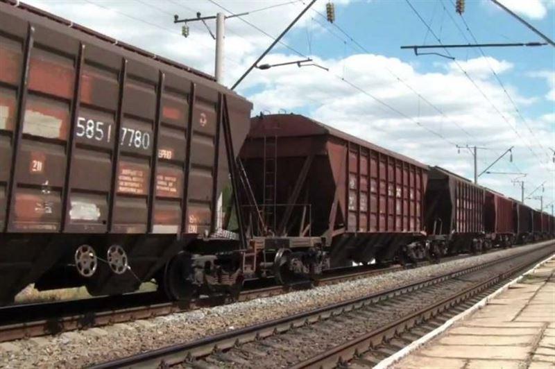 Қостанай облысында 23 вагон рельстен шығып кетті