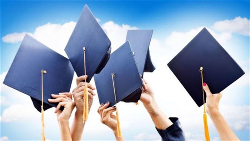 Касым-Жомарт Токаев поручил повысить стипендии для педагогических специальностей с 26 тысяч до 42 тысяч тенге