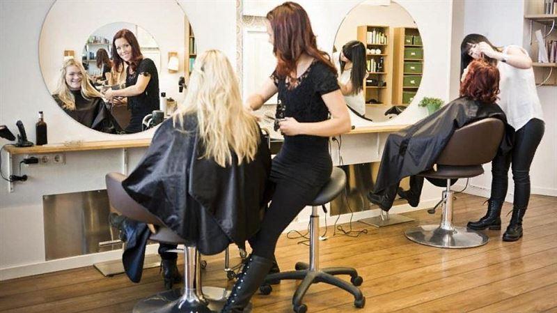 Как не заразиться коронавирусом в парикмахерской