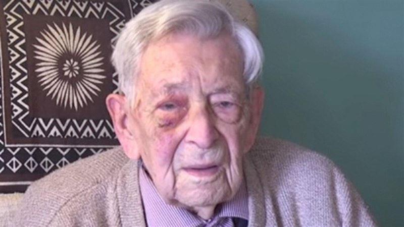 В Великобритании скончался самый старый мужчина в мире