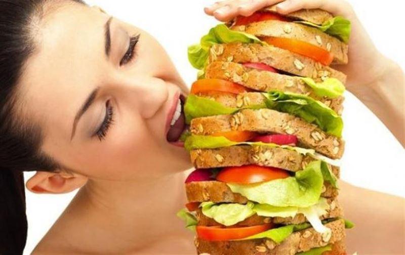Почему некоторые могут есть и не толстеть, выяснили ученые